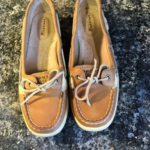 SPERRY LEATHER SHOES NEVER WORN